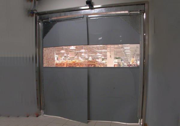 pvc crash door campisa